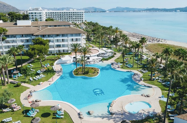 "Playa Esperanza Resort <div class=""m-page-header__rating""><span class=""m-page-header__rating--star""></span><span class=""m-page-header__rating--star""></span><span class=""m-page-header__rating--star""></span><span class=""m-page-header__rating--star""></span></div>"