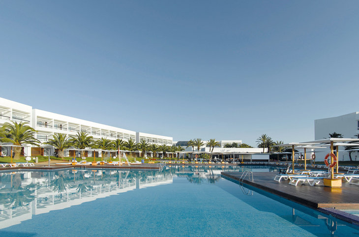 "Grand Palladium Palace Ibiza Resort & Spa <div class=""m-page-header__rating""><span class=""m-page-header__rating--star""></span><span class=""m-page-header__rating--star""></span><span class=""m-page-header__rating--star""></span><span class=""m-page-header__rating--star""></span><span class=""m-page-header__rating--star""></span></div>"