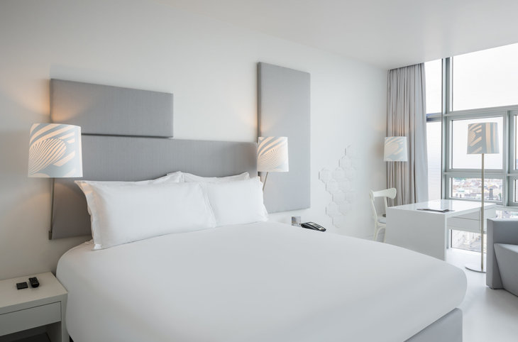 "SO Vienna by Sofitel <div class=""m-page-header__rating""><span class=""m-page-header__rating--star""></span><span class=""m-page-header__rating--star""></span><span class=""m-page-header__rating--star""></span><span class=""m-page-header__rating--star""></span><span class=""m-page-header__rating--star""></span></div>"