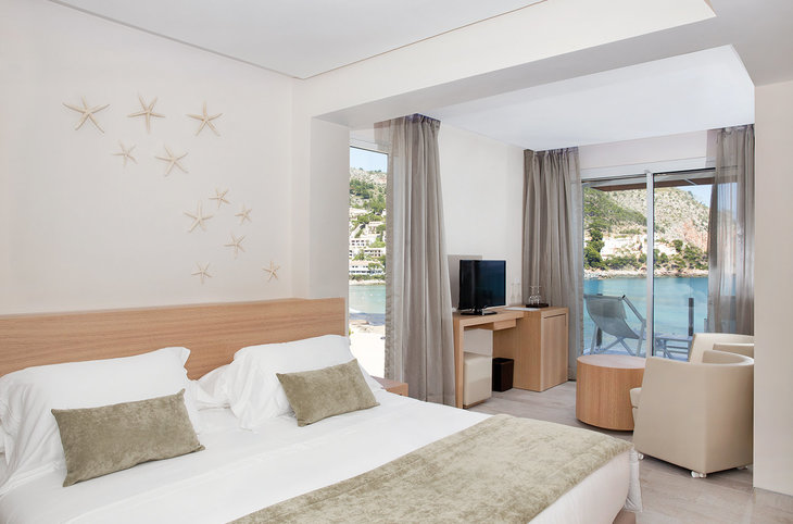 "Melbeach & Spa (adults only) <div class=""m-page-header__rating""><span class=""m-page-header__rating--star""></span><span class=""m-page-header__rating--star""></span><span class=""m-page-header__rating--star""></span><span class=""m-page-header__rating--star""></span></div>"
