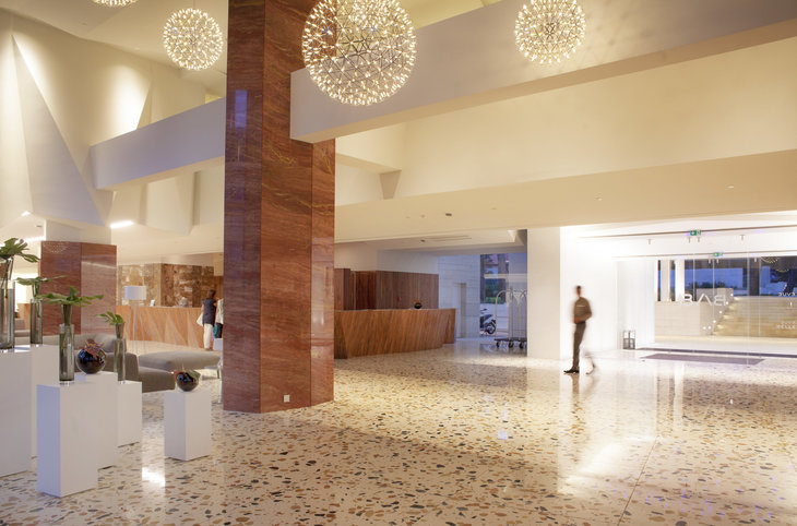 "Hotel Bellevue <div class=""m-page-header__rating""><span class=""m-page-header__rating--star""></span><span class=""m-page-header__rating--star""></span><span class=""m-page-header__rating--star""></span><span class=""m-page-header__rating--star""></span><span class=""m-page-header__rating--star""></span></div>"