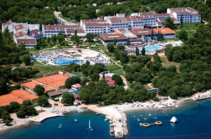 "Valamar Club Tamaris <div class=""m-page-header__rating""><span class=""m-page-header__rating--star""></span><span class=""m-page-header__rating--star""></span><span class=""m-page-header__rating--star""></span><span class=""m-page-header__rating--star""></span></div>"