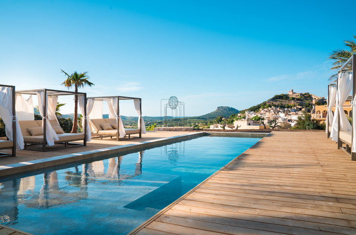 "Boutique-Hotel-Kombi - Melbeach & Creu de Tau (adults only) <div class=""m-page-header__rating""><span class=""m-page-header__rating--star""></span><span class=""m-page-header__rating--star""></span><span class=""m-page-header__rating--star""></span><span class=""m-page-header__rating--star""></span></div>"