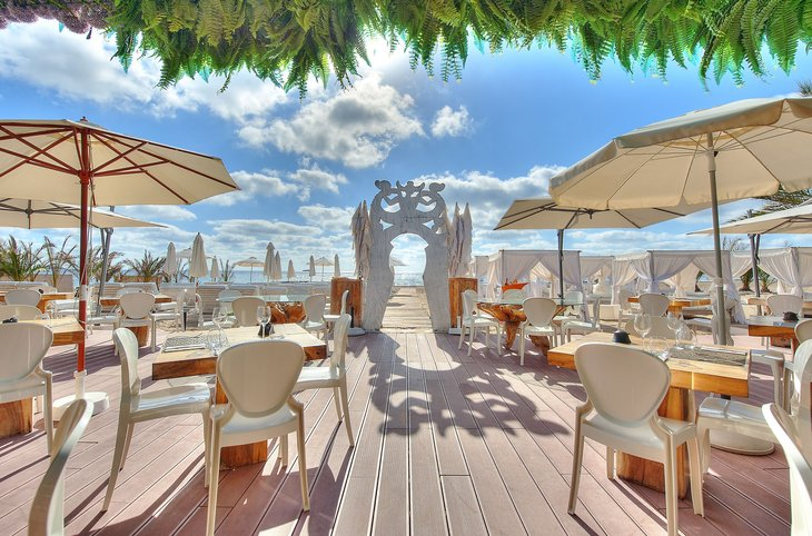 "Ushuaia Ibiza Beach Hotel (adults only) <div class=""m-page-header__rating""><span class=""m-page-header__rating--star""></span><span class=""m-page-header__rating--star""></span><span class=""m-page-header__rating--star""></span><span class=""m-page-header__rating--star""></span><span class=""m-page-header__rating--star""></span></div>"